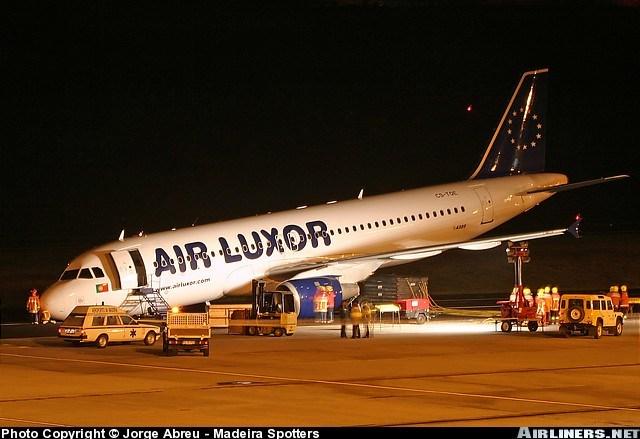 http://www.crashdehabsheim.net/images%20autres%20crashs/A320%20Air%20Louxor.jpg
